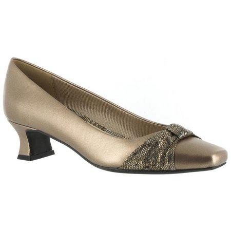 Easy Street Womens Waive Heels
