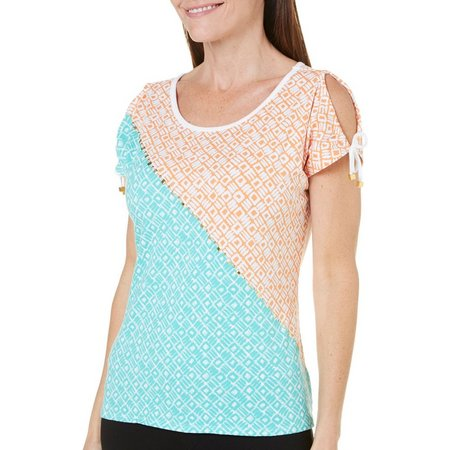 Hearts of Palm Womens Geo Stud Cold Shoulder