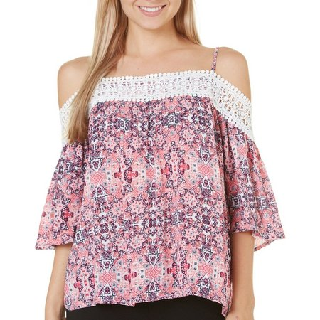 Derek Heart Juniors Lace Trim Cold Shoulder Top