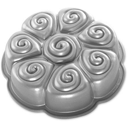 Nordic Ware Cinnamon Pull Apart Pan