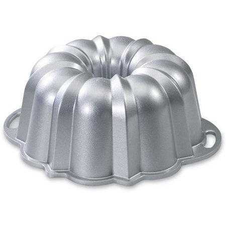 Nordic Ware Classic Anniversary Bundt Pan