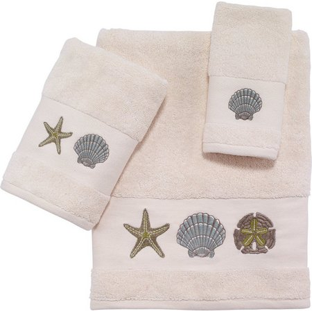 Coastal Palmetto Bath Towel Collection