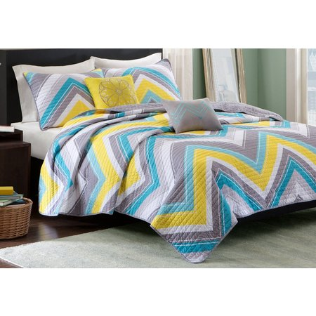 Intelligent Deisgn Elise Coverlet Set