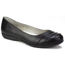 Cliffs by White Mountain Womens Clara Shoes