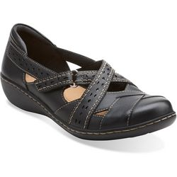 Clarks Womens Ashland Spin Q Shoes