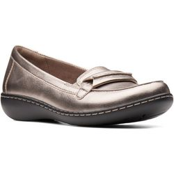 Clarks Womens Ashland Lily Loafers