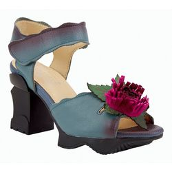 Spring Footwear Womens L'Artiste Believe Sandals