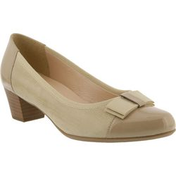 Spring Step Womens Faith Classic Pumps