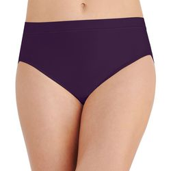 Vanity Fair Light & Luxurious Hi Cut Panties 13195