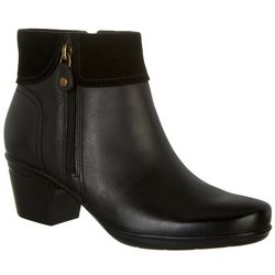 Clarks Womens Emslie Twist Ankle Boots