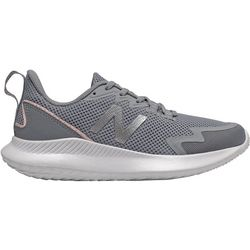 New Balance Womens Ryval Run Running Shoe
