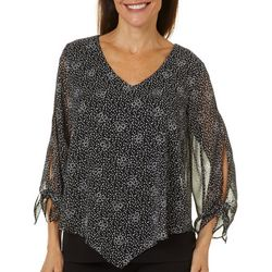 AGB Womens Mixed Floral Print V-Neck Top