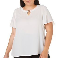 Sami & Jo Plus Solid Keyhole Neck Top