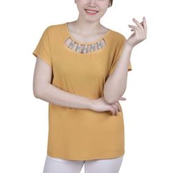 NY Collection Petite Cutout Hardware Neckline Top