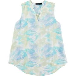 Cure Apparel Petite Sweet Clouds Sleeveless Top