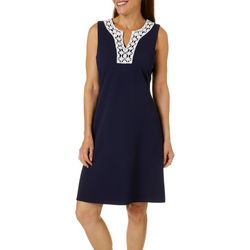 Womens Sleeveless Textured Solid Dress