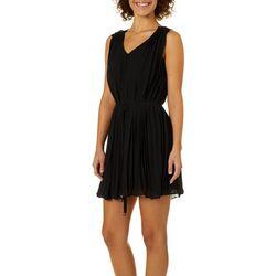 She & Sky Juniors Solid Pleated Sleeveless Dress