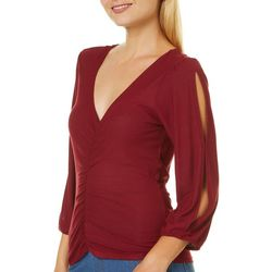 Almost Famous Juniors Solid Ruched Front V-Neck Top