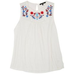 Lynn Ryan Plus Solid Embroidered Neck Sleevless Top