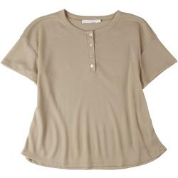 Plus Solid Scoop Neck Shirt With Buttons