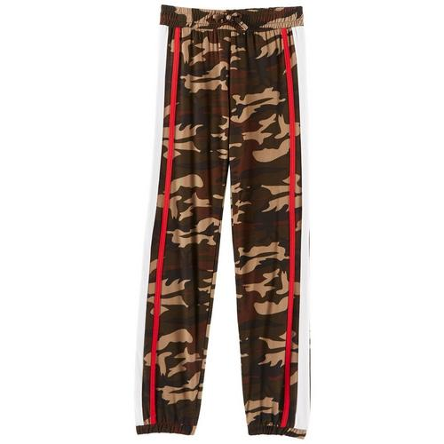 1st Kiss offers styles for the fun, free-spirited trendsetter. These jogger pants feature camouflage print, contrast sports striping, banded cuffs, and an elastic waist.