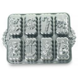 Nordic Ware Holiday Mini Loaf Pan