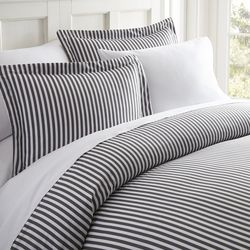 Home Collections Premium Ultra Soft Ribbon Duvet Cover Set