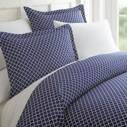 Home Collections Premium Soft Quadrafoil Duvet Cover Set