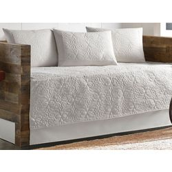 Tommy Bahama Nassau White 5-pc. Daybed Set