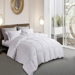Martha Stewart Goose Feather & Down Comforter