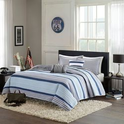 Intelligent Design Paul Blue Coverlet Set