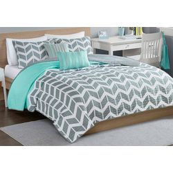 Intelligent Design Nadia Coverlet Set