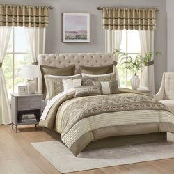 Madison Park Jelena 24-pc. Room In A Bag Comforter Set