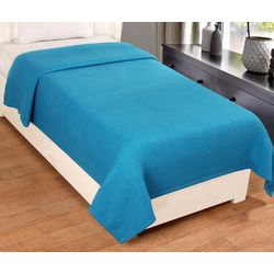Hotel Luxury Collection All Season Solid Lightweight Blanket