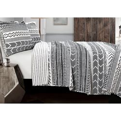 Triangle Home Fashions Hygee Geo Black/White Quilt Set