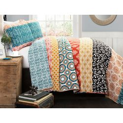 Triangle Home Fashions Bohemain Stripe Quilt Set
