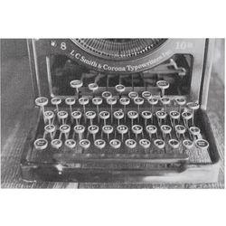 Ink + Ivy Vintage Typewriter Canvas Wall Art