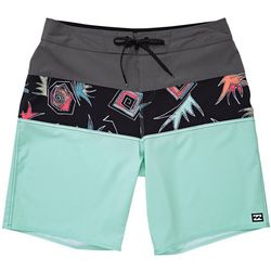 Billabong Mens Tribong Lo Pro Pineapple Print Boardshorts