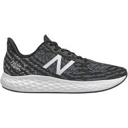 New Balance Mens Rise V2 Running Shoe