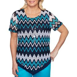 Womens Easy Street Chevron Necklace Top