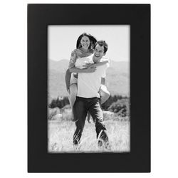 Malden 4'' x 6'' Black Wood Frame