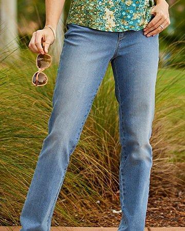 Classic Straight Leg Flat Jeans